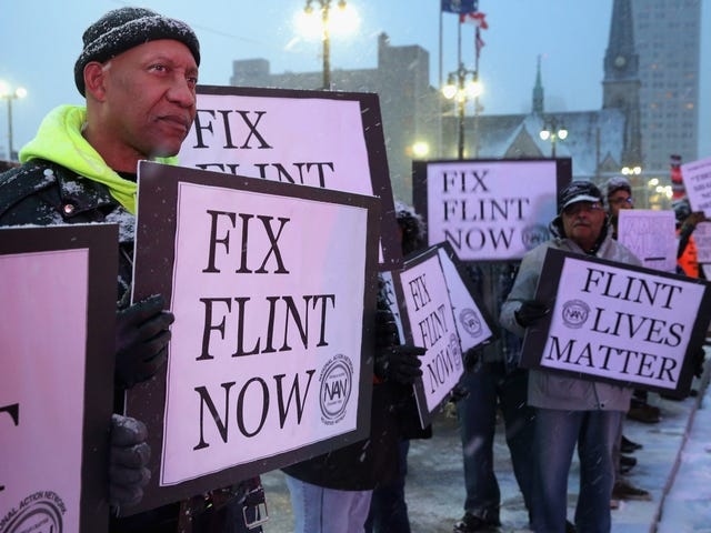 #Flint: Lead Levels Remain Unchanged; Michigan Hands Water-Testing Over to the City