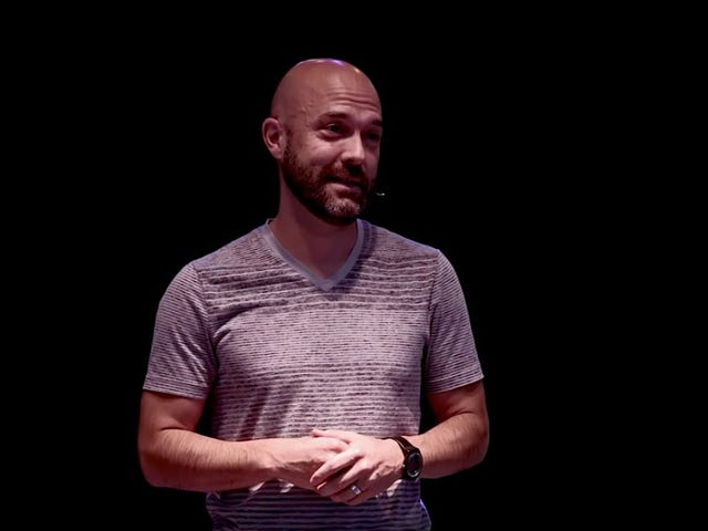 Purity Culture Icon Joshua Harris Says That Premarital Dating Is Fine, Now That He's Getting Divorced
