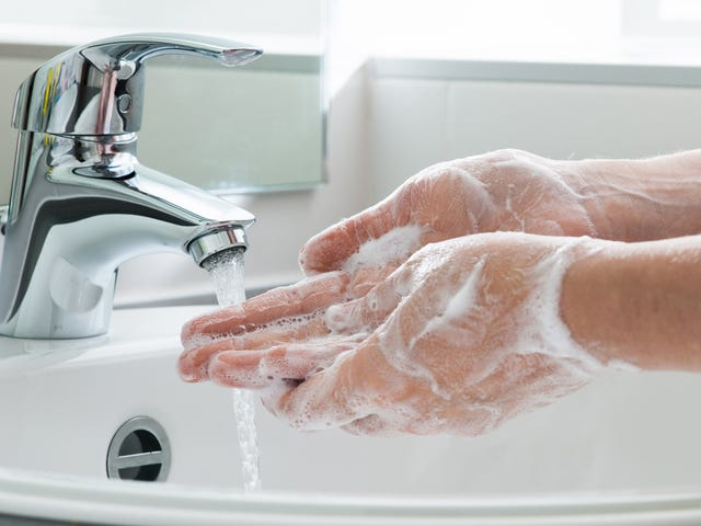Y'all Nasty: CDC Confirms People Aren't Washing Their Hands After Using the Bathroom