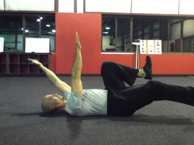 Deadbugs Are an Underrated Core Exercise You Should Be Doing