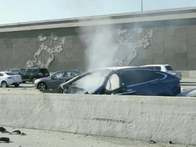 El ingeniero de Apple que murió en un Tesla se quejó varias veces de que el autopilot fallaba en el lugar del accidente
