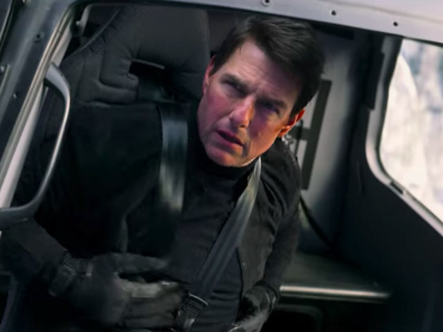 """<a href=https://news.avclub.com/new-mission-impossible-fallout-trailer-confirms-that-y-1826074995&xid=17259,15700021,15700124,15700149,15700168,15700173,15700186,15700189,15700190,15700201,15700205 data-id="""""""" onclick=""""window.ga('send', 'event', 'Permalink page click', 'Permalink page click - post header', 'standard');"""">Новая <i>Mission: Impossible—Fallout</i> трейлер <i>Mission: Impossible—Fallout</i> подтверждает, что да, этот фильм выглядит очень забавно</a>"""
