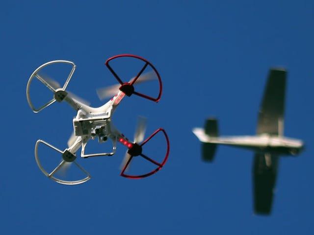 유엔 de los aeropuertos más grandes de Europa se vo obligado 및 24 시간 전 24 시간 전 Culpa de dos drones