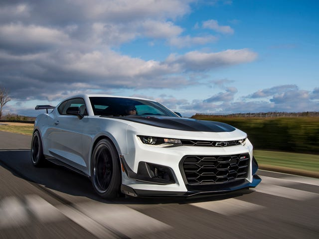 The Chevy Camaro ZL1 1LE Responds to GT500's Dual-Clutch: What About a 10-Speed Slushbox?