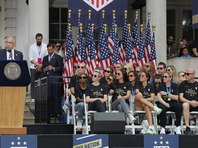 U.S. Soccer Hires Lobbyists To Fight Equal Pay Bill In Congress