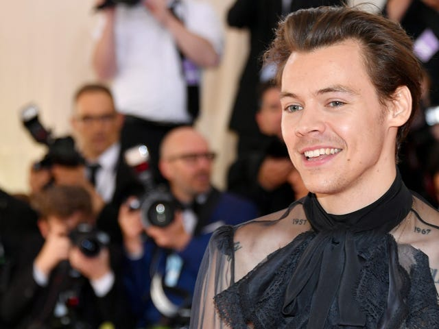 SNL to serve up a double helping of Harry Styles in November