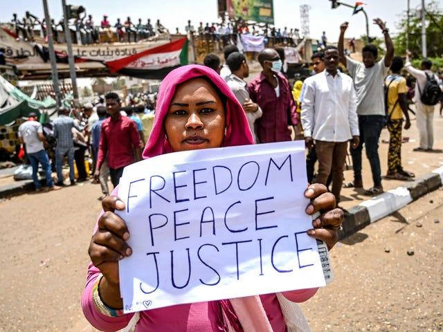 Πώς να βοηθήσετε το λαό του Σουδάν