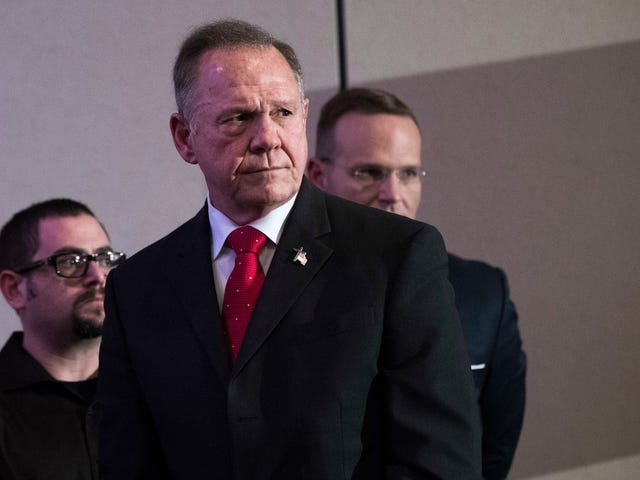 Retired Alabama Police Officer Says She Was Told 'to Watch' Roy Moore Around High School Cheerleaders