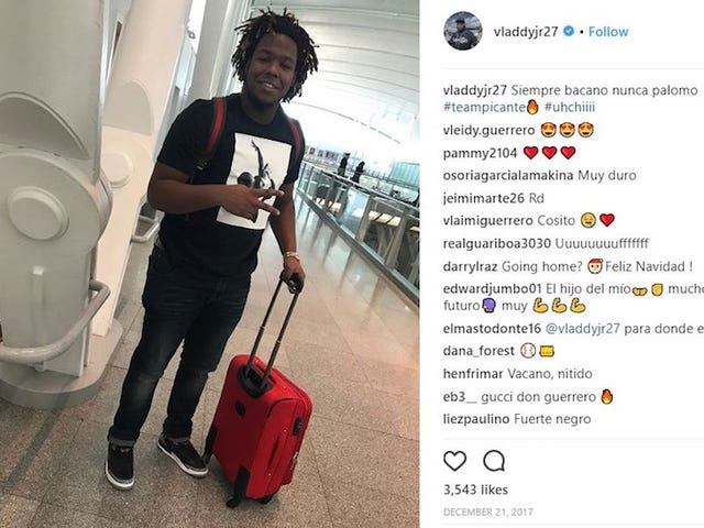 The Very Short Saga Of The Vladimir Guerrero Jr. Airport Picture