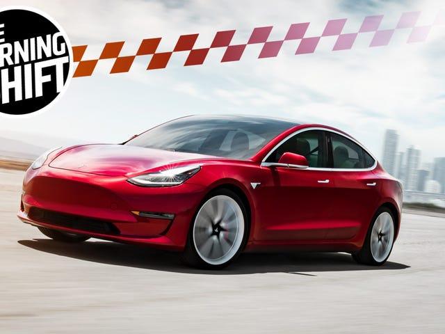 Elon Musk Says He's in Talks With Saudi Arabia to Take Tesla Private
