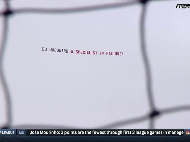 Manchester United Fans Went Full Arsenal With This Fly-Over Banner