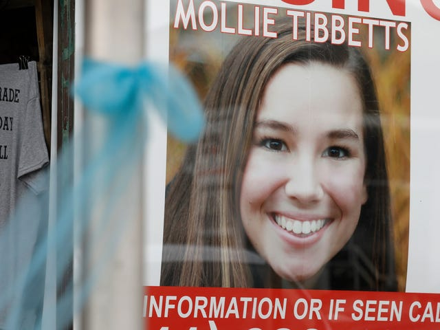 Mollie Tibbetts's Aunt Rejects Racist Ghouls