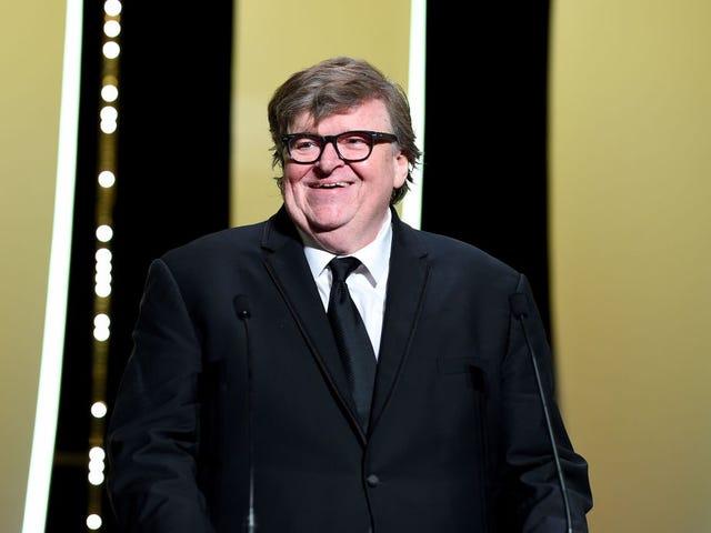 Reżyser Michael Moore chce ulubionej czarnej kobiety w Ameryce, aby uratować Amerykę przed Trumpem