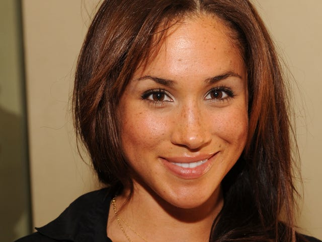 Contemplate the Twisting River of Fate While Gazing Upon These Photos of Meghan Markle at a Gifting Suite