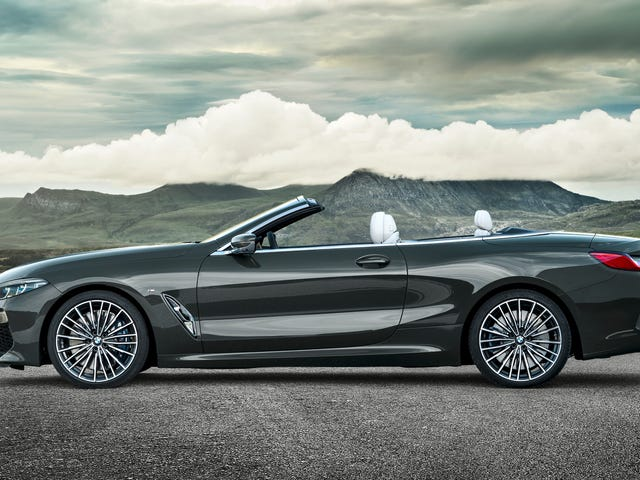 Ang 2019 BMW 8 Series Convertible Will Keep Your Neck Extremely Warm at 155 MPH