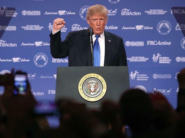 Generowane przez AI przemówienia Trumpa po prostu zapowiadają gówno, które będzie mówił za 6 miesięcy