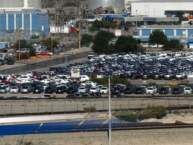 Tariffer kan ikke beholde automatiske jobber fra å fly Amerika til Mexico
