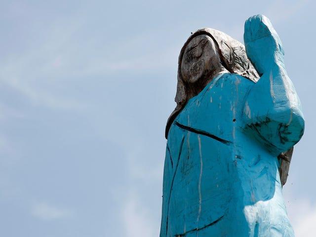 Hvad er punktet i Melania Trump Statue?