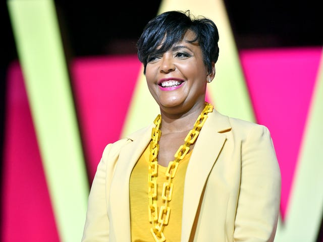 Mayor Keisha Lance Bottoms Got a Racist Text Just Because She Doesn't Want More Georgians Dying From COVID-19