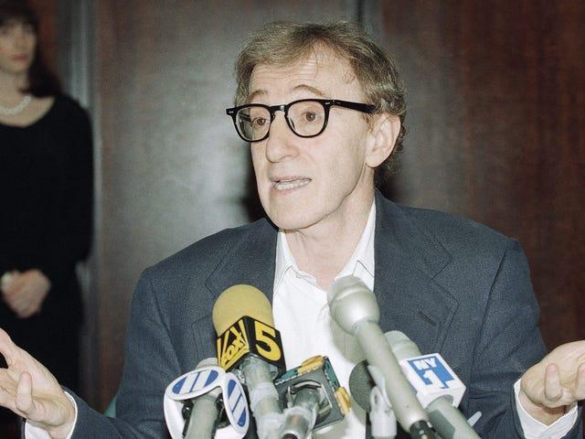 ディラン・ファローは<i>New York Times</i>コラムニスト、「スミアリング」ウッディ・アレンを告発した