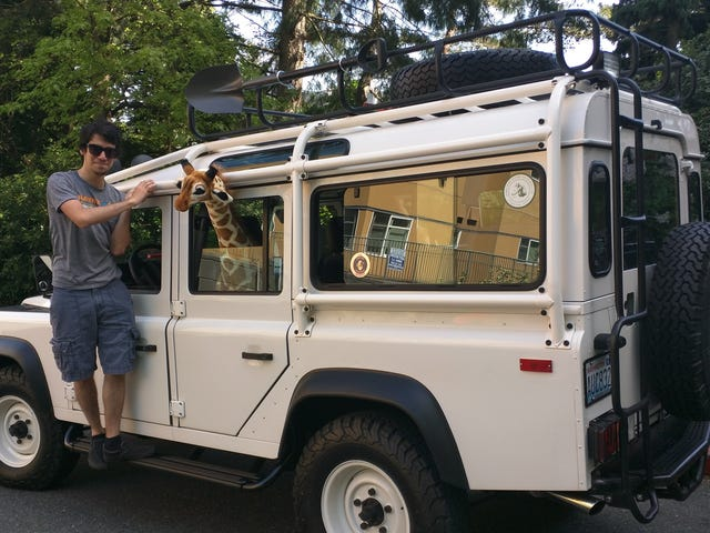 My Seattle Sunday involved a Defender and a fake giraffe