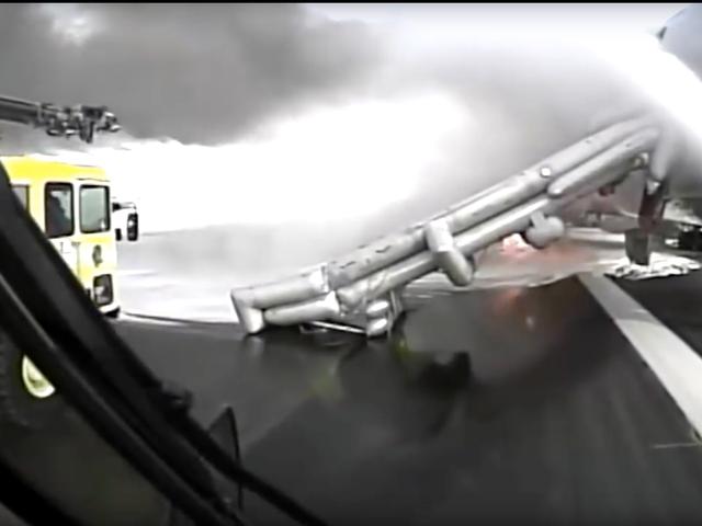 Fire Truck Dashcam Footage of American Flight 383 Engine Fire