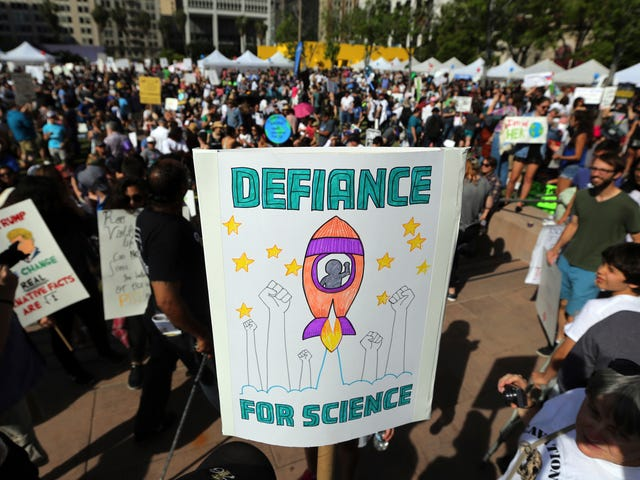 Political Group Launches 'Aggressive Targeting Strategy' to Get More Scientists Elected in 2020