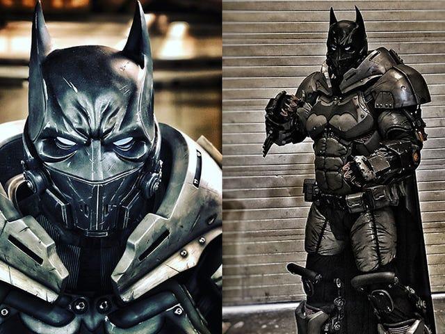 Giant Batman Cosplay Adakah Kerja Seni