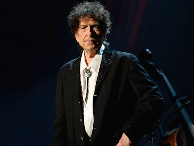 Bob Dylan Solemnly Accepts His Nobel Prize While Wearing Black Hoodie