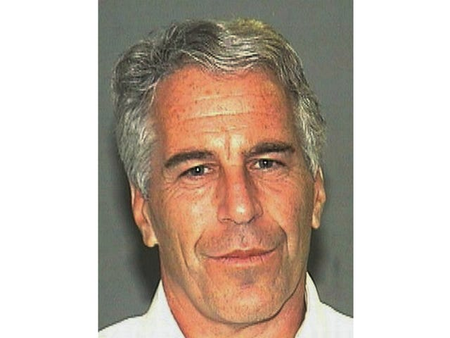 Sarjaseksiä väärinkäyttäjä Jeffrey Epstein suostuu sovintoon ja välttää uhrin todistamista