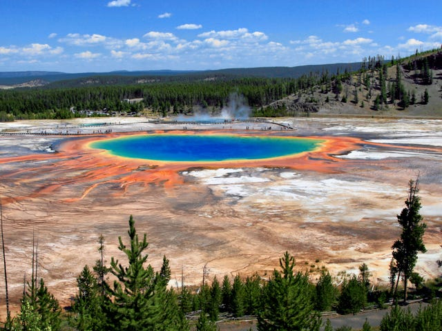 Tell Us Your Yellowstone Park Travel Tips