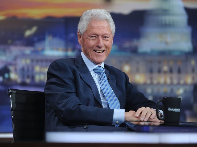 Bill Clinton Has 'a Lot of Respect' for Sarah Huckabee Sanders After the Whole Restaurant Thing