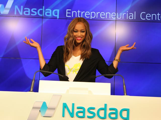 Supermodel Tyra Banks Is Starting A Wildly Unspecific Theme Park Experience