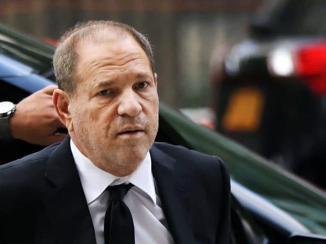 Ο Harvey Weinstein θα δοκιμαστεί στη Νέα Υόρκη κατά των ευχών του