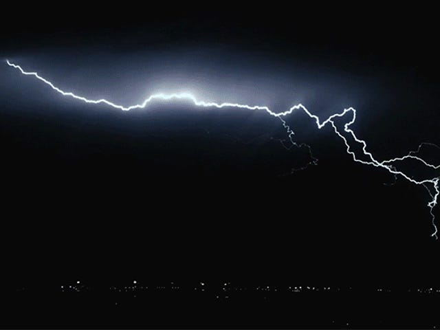 Storm Chaser Captures Slo-Mo Lightning Footage Like You've Never Seen Before
