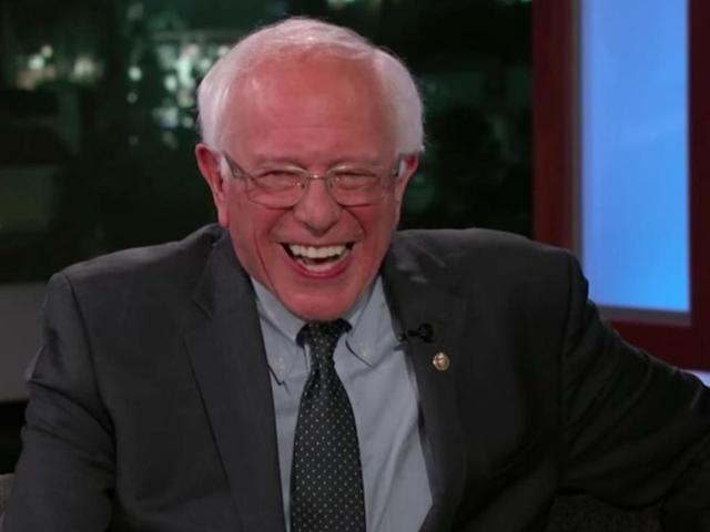 Bernie Sanders supporta anche Mommy Cardi, Bitch