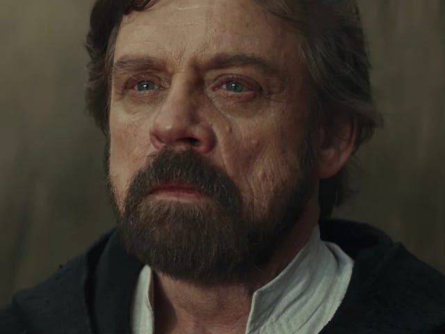 Rian Johnson Perfectly Explains Luke's Appearance at the End of The Last Jedi