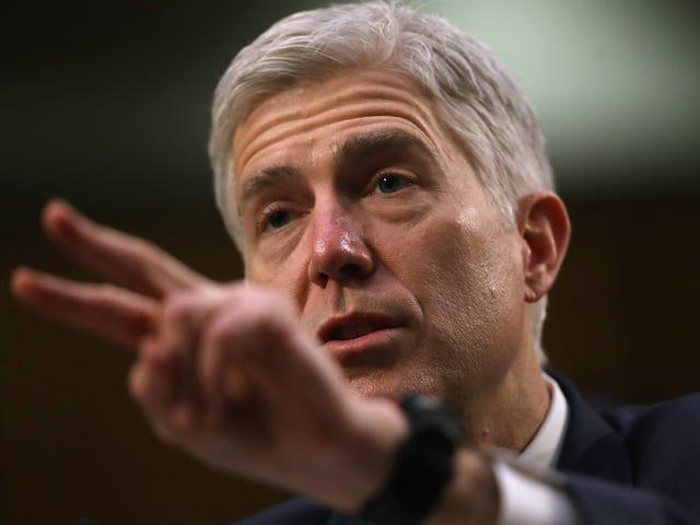 Democratici del Senato assicurano abbastanza voti al Filibuster Gorsuch;  Cambiamento di regole GOP probabile