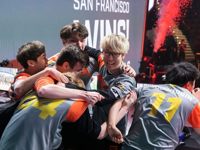 Thrilling Overwatch League Match Sees Only Undefeated Team Lose