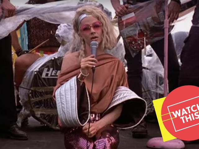 There's no better movie about a genderqueer East German glam rocker thanHedwig And The Angry Inch