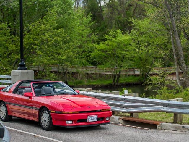Toyota Supra-dynastin började med denna intensiva 80-tals halvanimerade annons