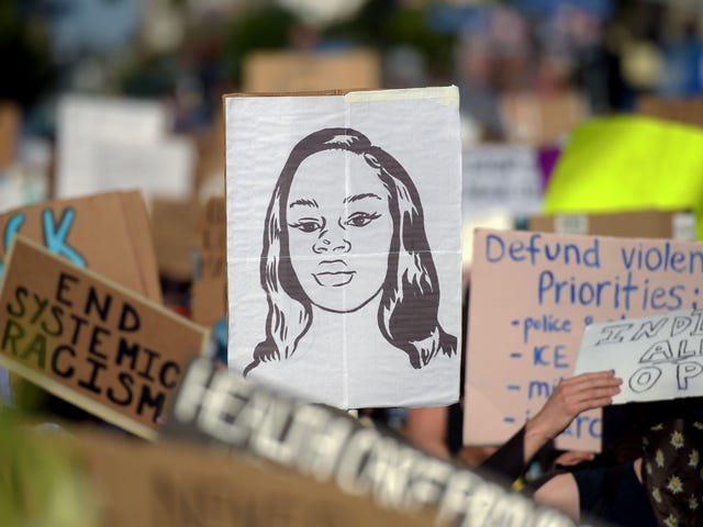 One of the Cops Who Killed Breonna Taylor Allegedly Has a History of Assaulting Women While On Duty
