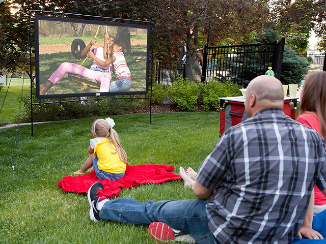 Turn Your Yard Into A Movie Theater With This $90 Screen