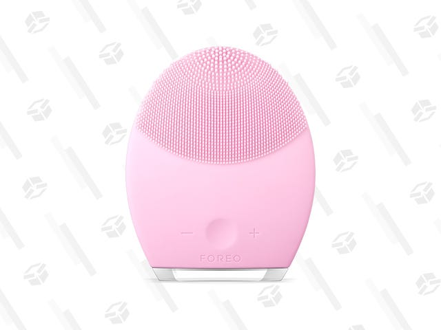 Treat Your Pores To a Good Scrubbing With This $144 FOREO LUNA 2