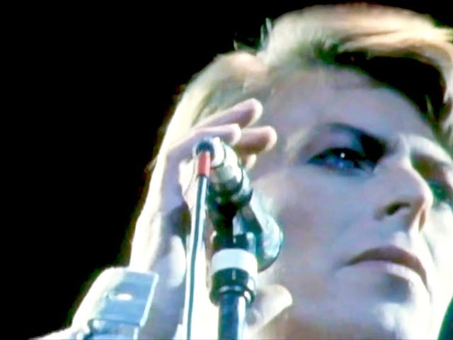 """""""Heroes"""" - David Bowie - Live at Earls Court (1978)"""