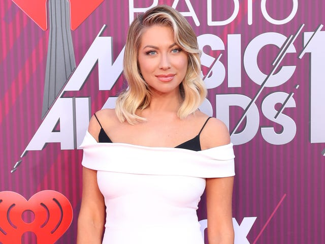 Congratulations to Stassi Schroeder, Who Just Saw a Nipple Hair for the First Time
