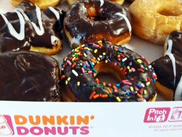 "<a href=""https://thetakeout.com/dunkin-donuts-new-year-s-resolution-get-rid-of-artif-1821864378"" data-id="""" onClick=""window.ga('send', 'event', 'Permalink page click', 'Permalink page click - post header', 'standard');"">Dunkin'<em></em> Donuts'<em></em> new year'<em></em>s resolution: Get rid of artificial coloring</a>"