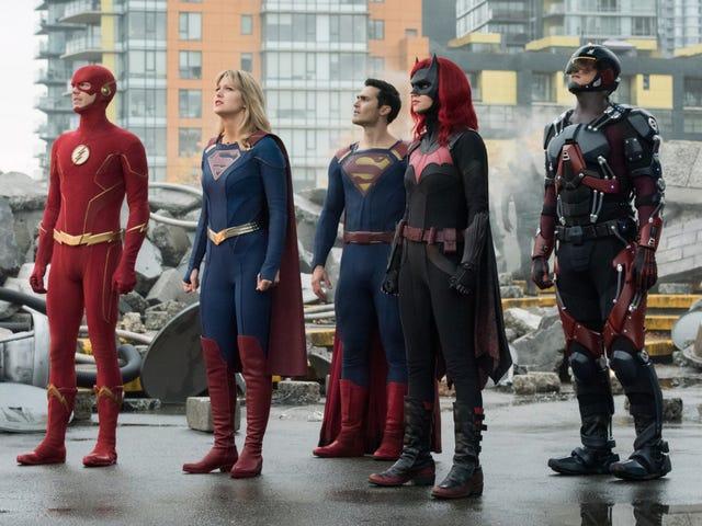 RIP Everyone: В первом эпизоде кризиса CW погибло много людей