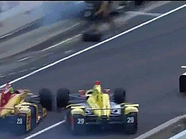 Bizarre Indy 500 Front-Runners 'Colisión Pit Lane envía tripulación hombre corriendo