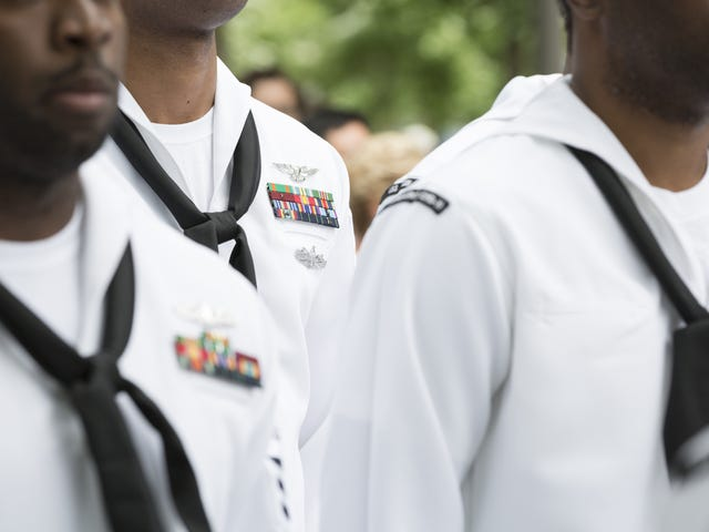 US Navy Latest Military Force to Ban Confederate Flag